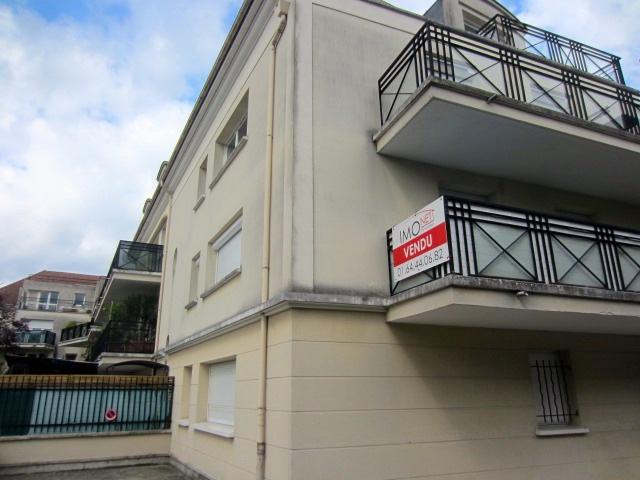 Vente appartement lumineux au c ur du centre ville avec for Restaurant le jardin 02190 neufchatel sur aisne