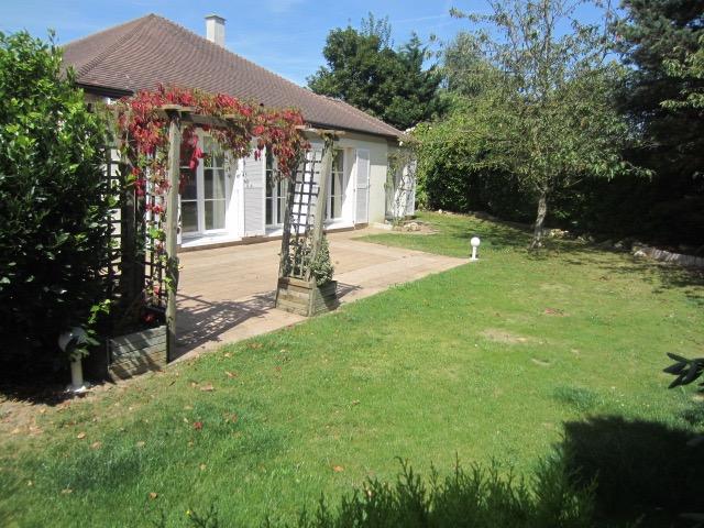 Vente superbe plain pied au calme dans un quartier privil gi for Restaurant le jardin 02190 neufchatel sur aisne