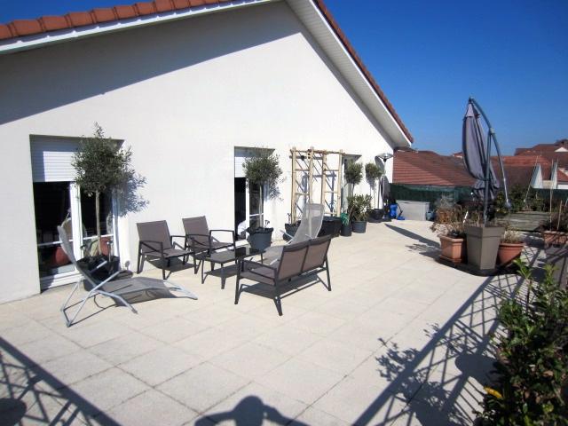 Vente duplex terrasse centre ville for Restaurant le jardin 02190 neufchatel sur aisne
