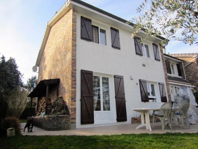 Vente secteur recherch en impasse pavillon avec 4 chambres for Restaurant le jardin 02190 neufchatel sur aisne