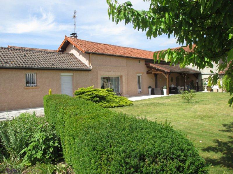 Vente longere sur terrain de 1216 m2 studio dependances for Restaurant le jardin 02190 neufchatel sur aisne