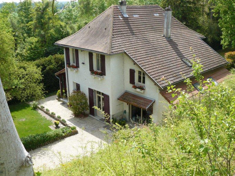 Vente maison bourgeoise aux portes de reims for Restaurant le jardin 02190 neufchatel sur aisne